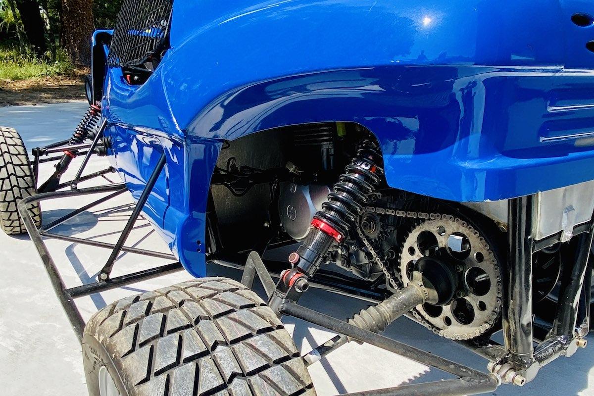 Buggy boîte séquentielle 6 rapports moteur bi-cylindre