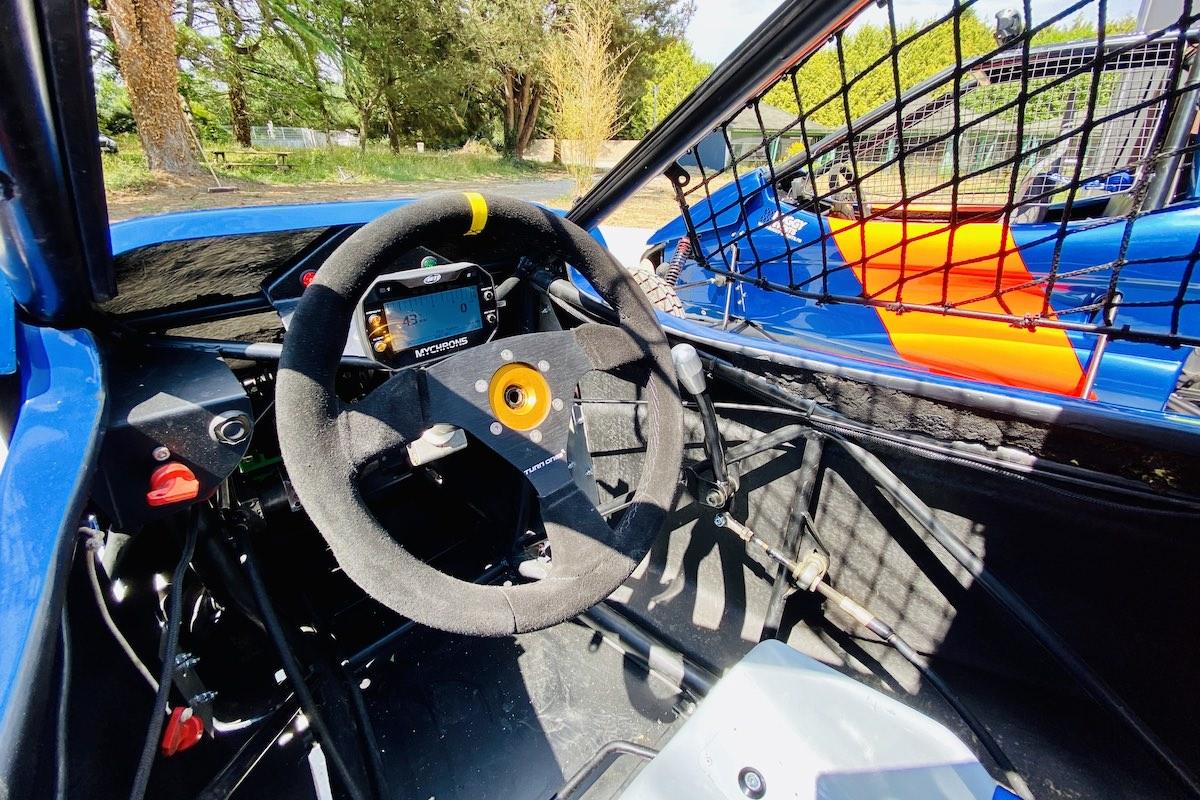 Stages de pilotage sur cross-car puissants à Nantes en toute sécurité